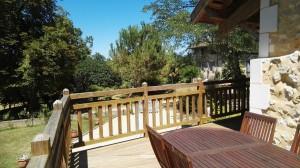 Une terrasse agréable sur le jardin.